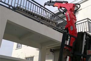 6吨叉车吊_6吨叉车飞臂吊图片