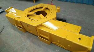 吊机基座支腿拖轮拖轴拖架油缸吊机配件图片