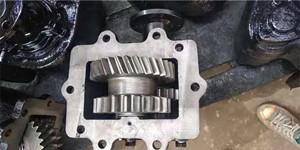 取力器、油缸总承吊机配件图片